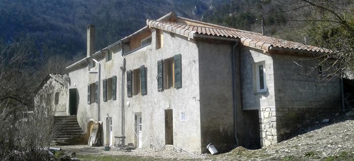 Restructuration d'une maison d'habitation en pierres, Borne (26)